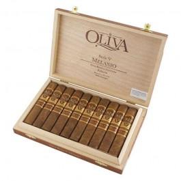 Oliva Serie V Melanio Robusto - 10 cigars open box
